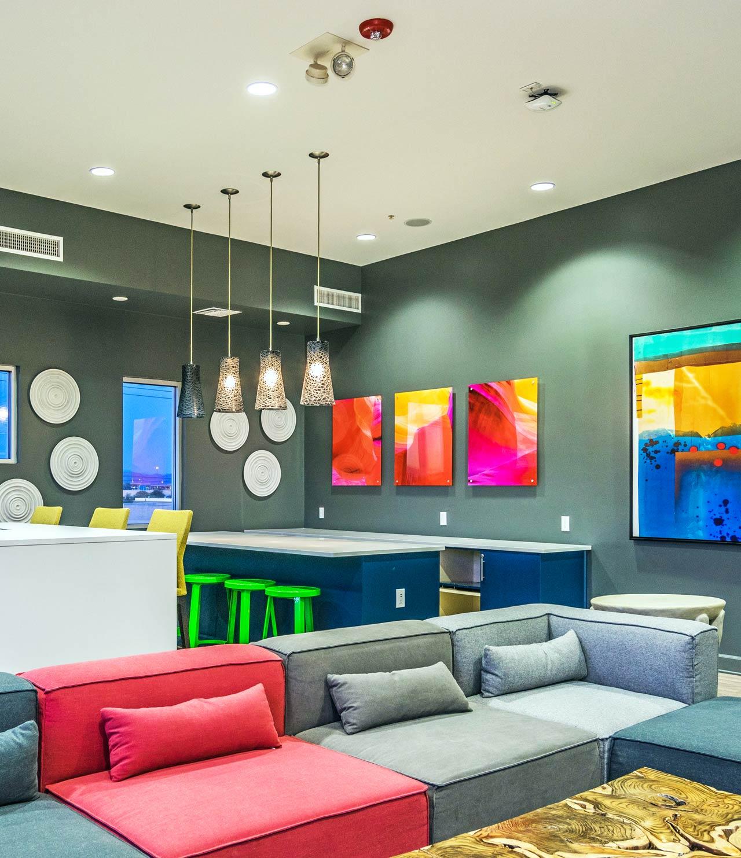 sol-interior-lounge